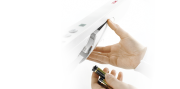 The Seca 376 baby scales are powered by batteries for mobile use