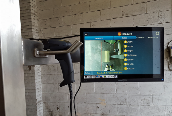 Resolution 4 Dimensioner with barcode scanner