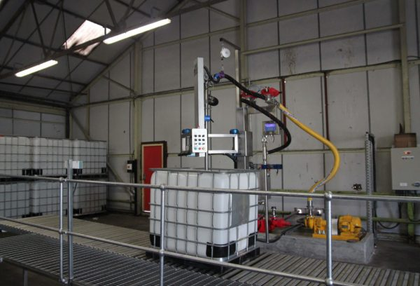 The FT-100 Automatically Filling Chemicals in to an IBC