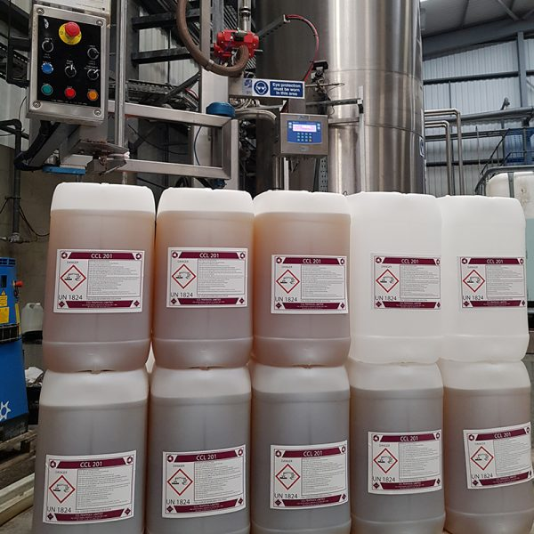 The FT-100 Filling Hazardous Chemicals in to Drums